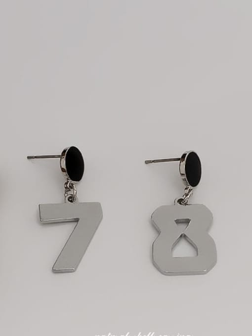HYACINTH Copper Alloy Gold Number Trend Earring 2