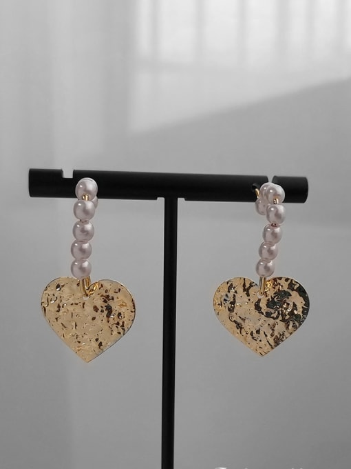 HYACINTH Alloy Freshwater Pearl Gold Heart Classic Earring 3