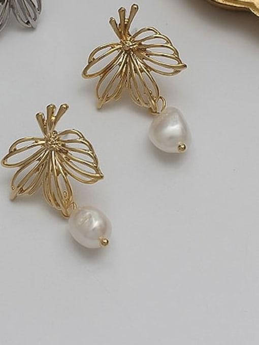 HYACINTH Copper Alloy Freshwater Pearl Gold Geometric Minimalist Earring 1