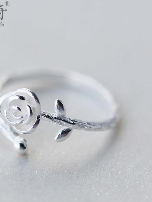 Rosh 925 Sterling Silver Silver Flower Dainty Ring 0