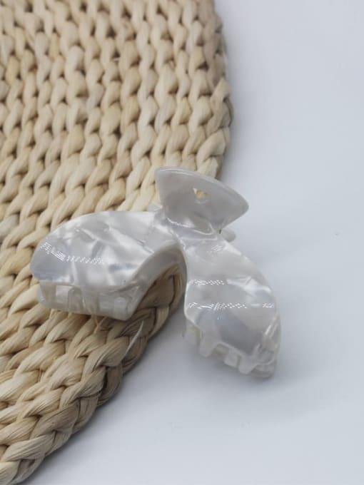 White Cellulose Acetate Minimalist Geometric Jaw Hair Claw