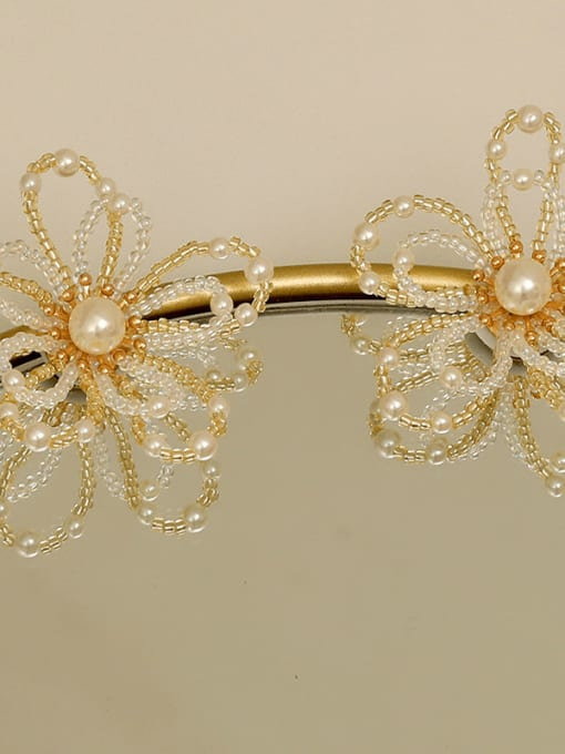 HYACINTH Copper Alloy Flower Dainty Earring