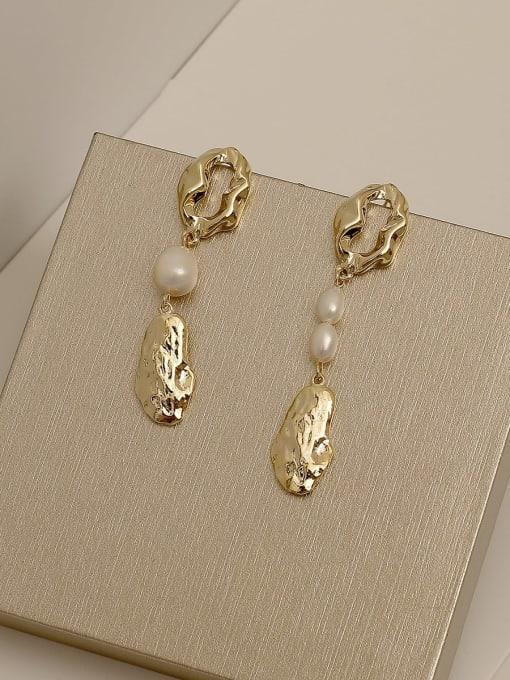 HYACINTH Copper Alloy Freshwater Pearl Earring