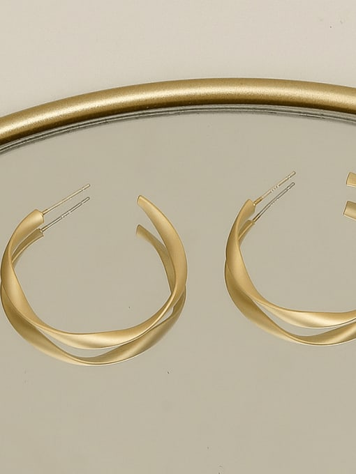 HYACINTH Copper Alloy Round Minimalist Stud Earring 2