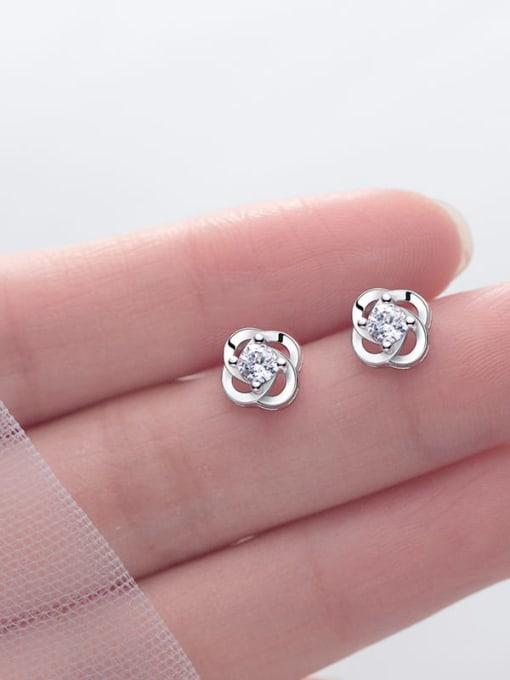 Rosh 925 Sterling Silver Flower Dainty Stud Earring 0