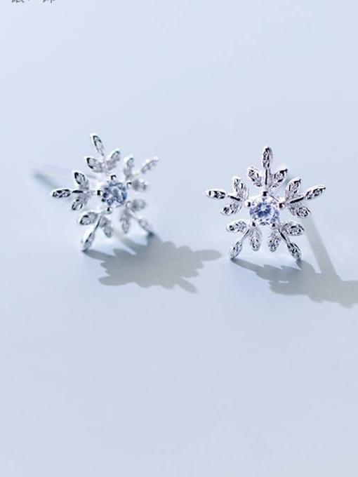 Rosh 925 Sterling Silver Cubic Zirconia White Dainty Stud Earring