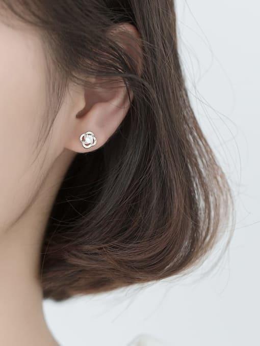 Rosh 925 Sterling Silver Flower Dainty Stud Earring 2