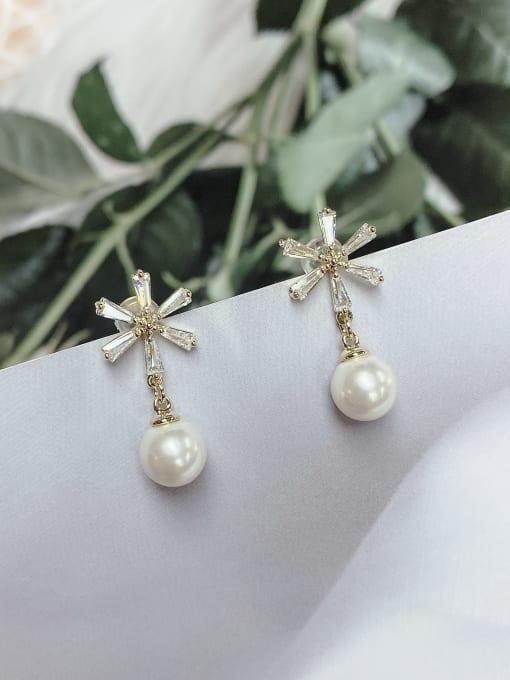 KEVIN Brass Imitation Pearl Leaf Trend Drop Earring 0