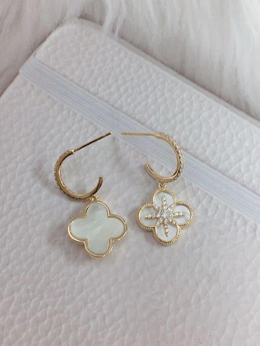KEVIN Brass Shell Clover Trend Hook Earring 1