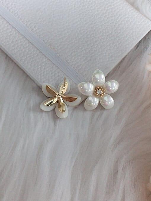 KEVIN Zinc Alloy Imitation Pearl Flower Trend Stud Earring 1
