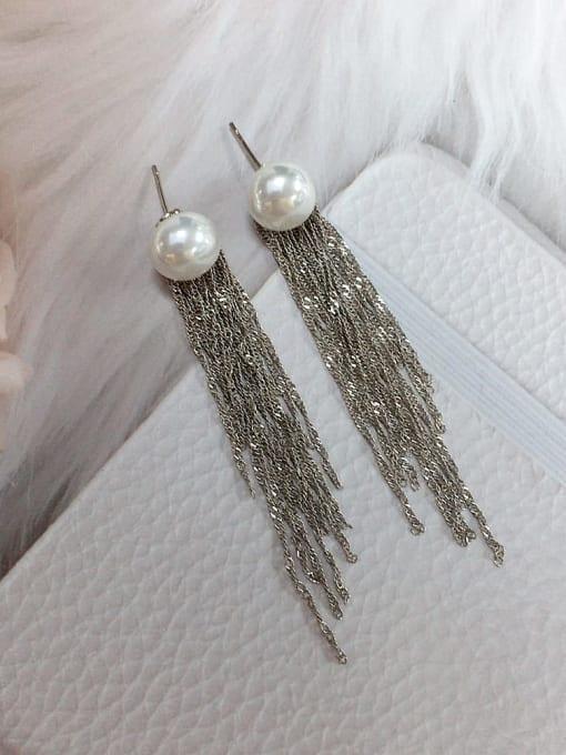 White Brass Imitation Pearl Tassel Trend Threader Earring
