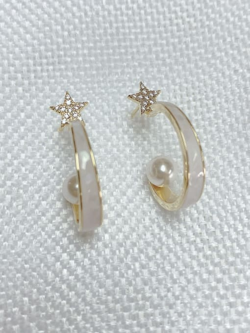 KEVIN Brass Shell Star Trend Stud Earring