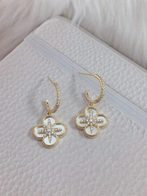 KEVIN Brass Shell Clover Trend Hook Earring