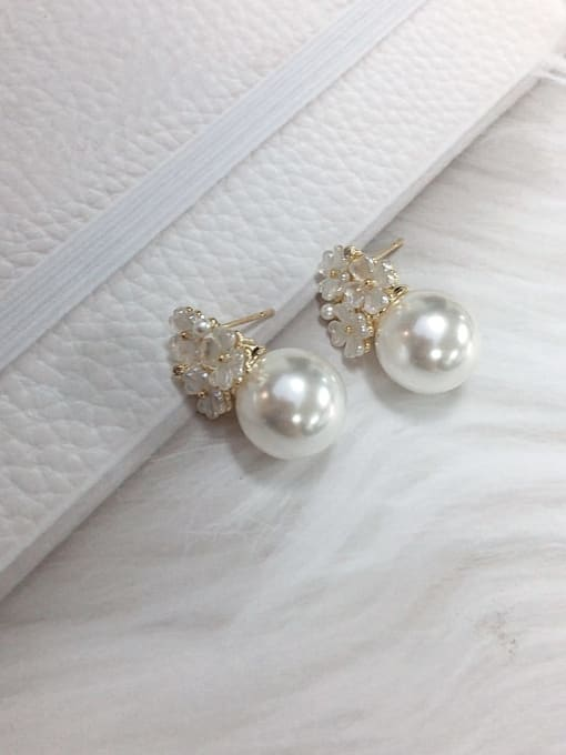 KEVIN Brass Imitation Pearl Flower Trend Stud Earring