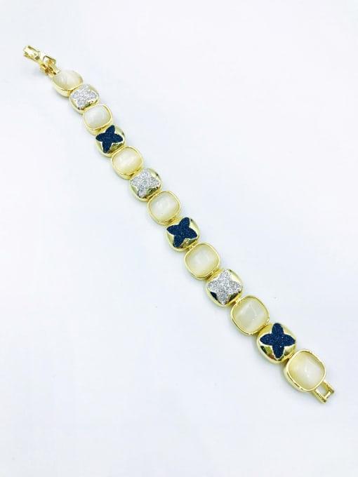 VIENNOIS Zinc Alloy Cats Eye White Clover Statement Bracelet 1