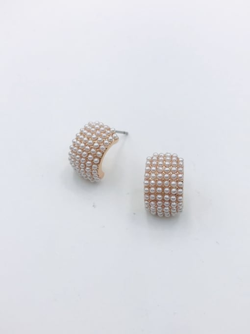 VIENNOIS Zinc Alloy Imitation Pearl White Irregular Dainty Stud Earring 1