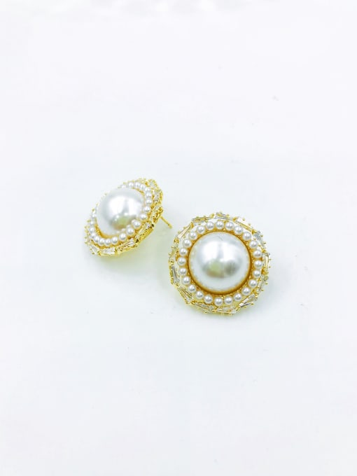 VIENNOIS Brass Imitation Pearl White Round Trend Stud Earring 0