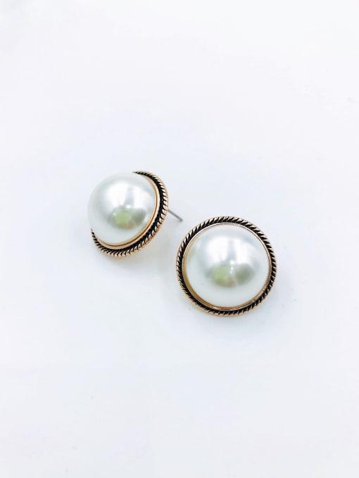 VIENNOIS Zinc Alloy Imitation Pearl White Enamel Round Classic Stud Earring 0