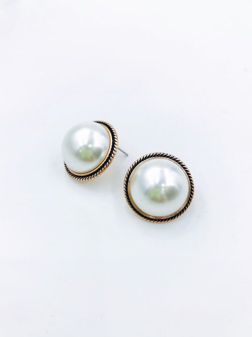 VIENNOIS Zinc Alloy Imitation Pearl White Enamel Round Classic Stud Earring