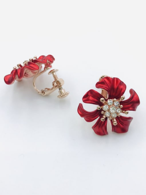 VIENNOIS Zinc Alloy Rhinestone White Flower Classic Clip Earring