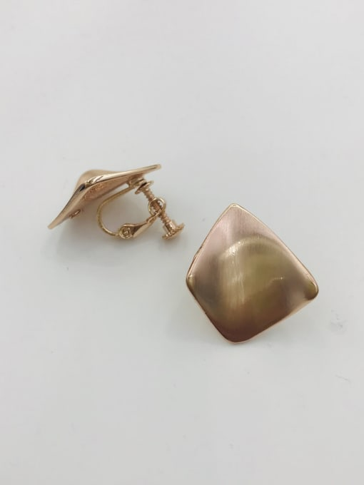 Rose Zinc Alloy Irregular Minimalist Clip Earring