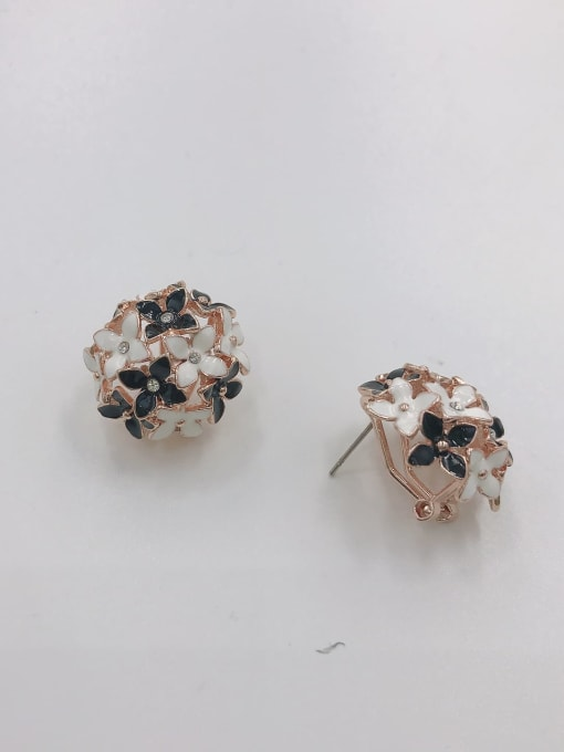 VIENNOIS Zinc Alloy Rhinestone White Enamel Flower Dainty Clip Earring 0
