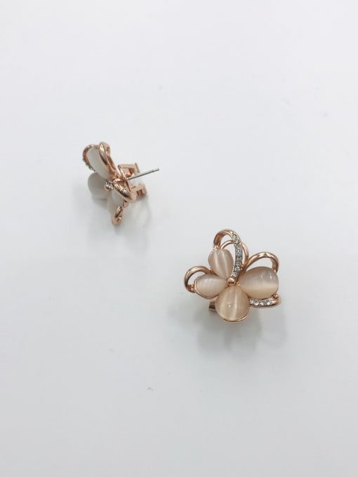 VIENNOIS Zinc Alloy Cats Eye White Flower Trend Clip Earring 0