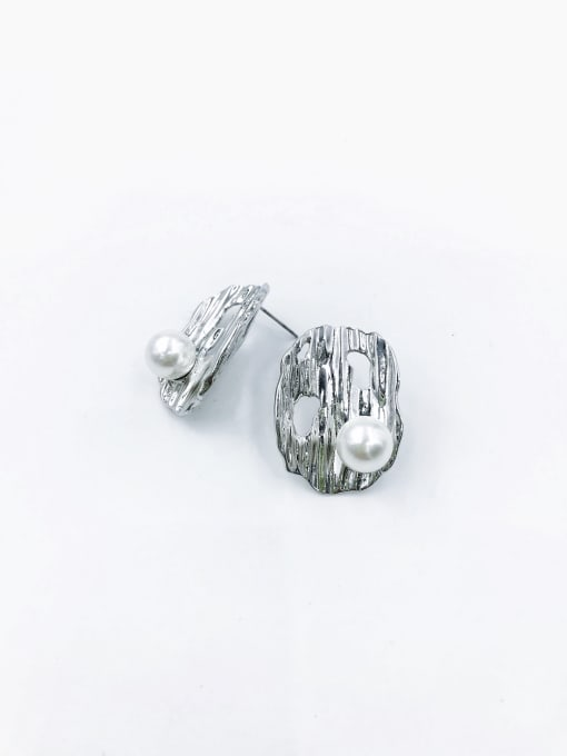 Silver Zinc Alloy Imitation Pearl White Irregular Statement Stud Earring