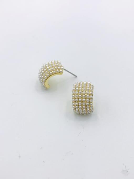 VIENNOIS Zinc Alloy Imitation Pearl White Irregular Dainty Stud Earring 0