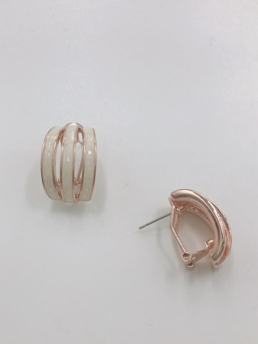 VIENNOIS Zinc Alloy Shell White Classic Clip Earring 0