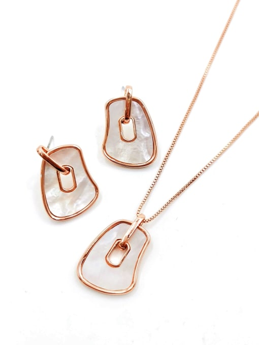 VIENNOIS Minimalist Irregular Brass Shell White Earring and Necklace Set 0