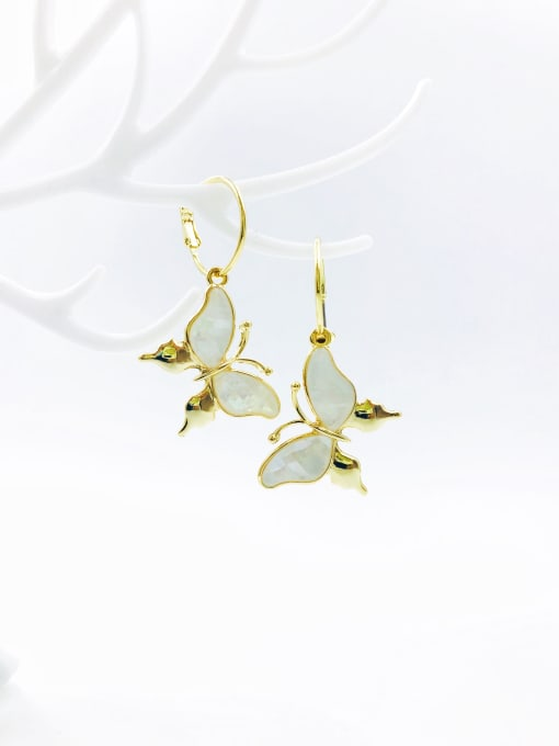 VIENNOIS Zinc Alloy Shell White Butterfly Trend Drop Earring 0