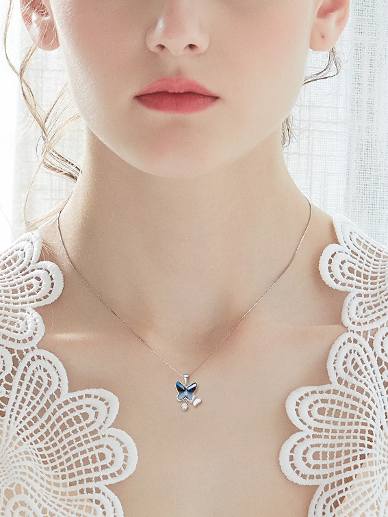 PE000777 Sterling Silver Pendant Solid 925 Butterfly
